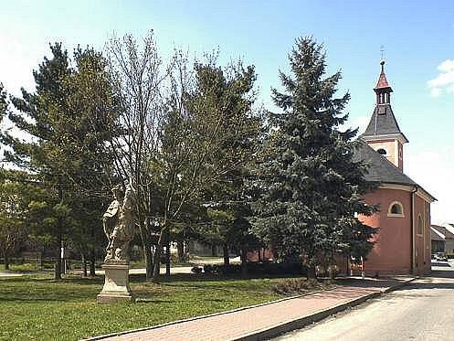 Zeleň na Masarykově návsi v Grygově