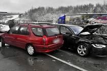 Hromadná nehoda na R35. Ilustrační foto