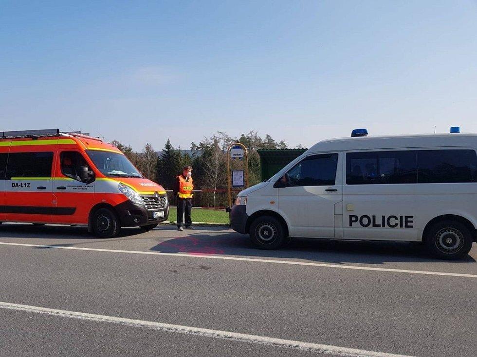 Uzavřenou zónu na Litovelsku a Uničovsku střeží kromě policistů a armády i hasiči