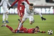 Utkání 19. kola první fotbalové ligy: Baník Ostrava - Sigma Olomouc, 14. prosince 2018 v Ostravě. Na snímku (nahoře) Martin Fillo a David Houska.