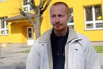 Šternberský školník Roman Závodný pomohl chytit sprejera v Olomouci
