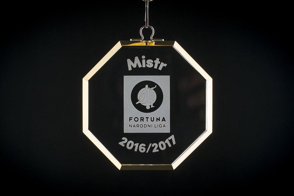 Nové medaile pro vítěze FNL