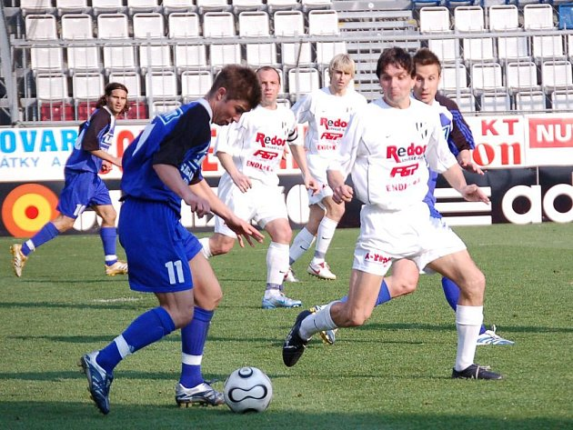 Přes defenzivu 1. HFK Olomouc dirigovanou Martinem Kotůlkem se fotbalisté juniorky SK Sigma Olomouc neprosadili.