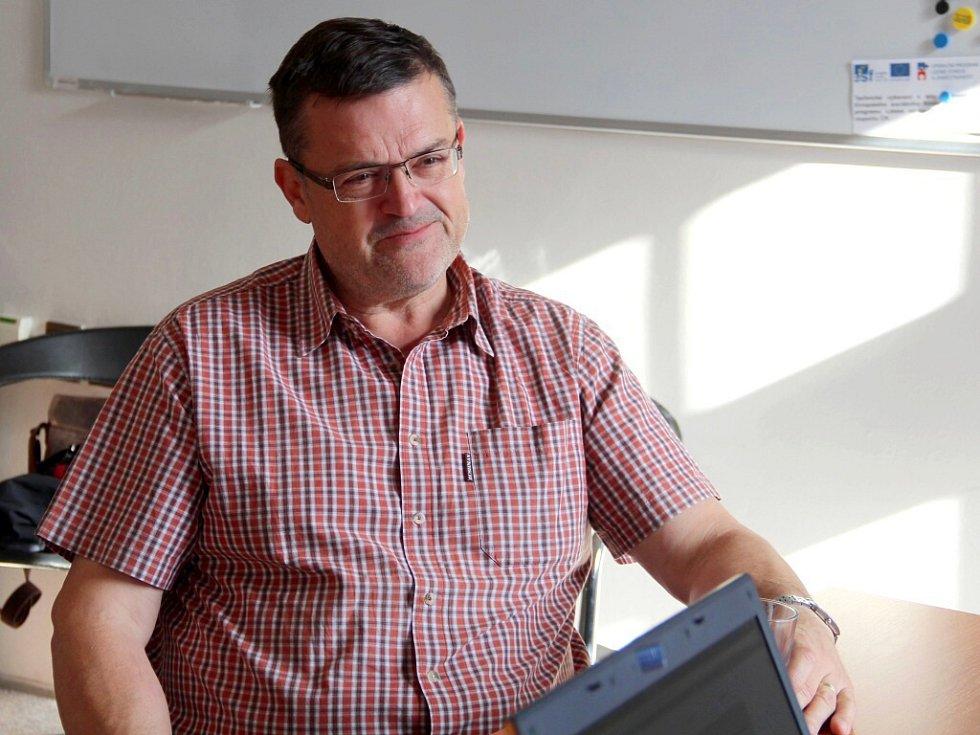 Lumír Kantor při on-line rozhovoru se čtenáři Deníku