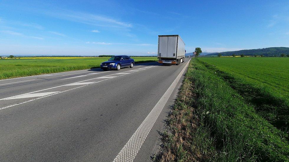 Mezi Olomoucí a Šternberkem se bude od 7. června asfaltovat, u Bohuňovic se pojede kyvadlově.