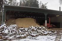 Přístroj, který biomasu v olomoucké zoo zpracovává.