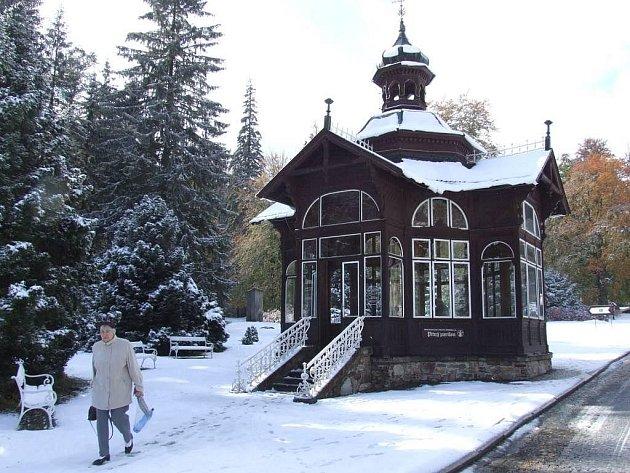 První sníh v Jeseníkách: úterý 13. října 2009, Karlova Studánka