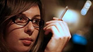 dívky milují kouření