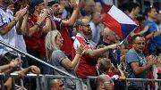 Diváci na kvalifikačním zápase ČR - Černá Hora na Andrově stadionu v Olomouci