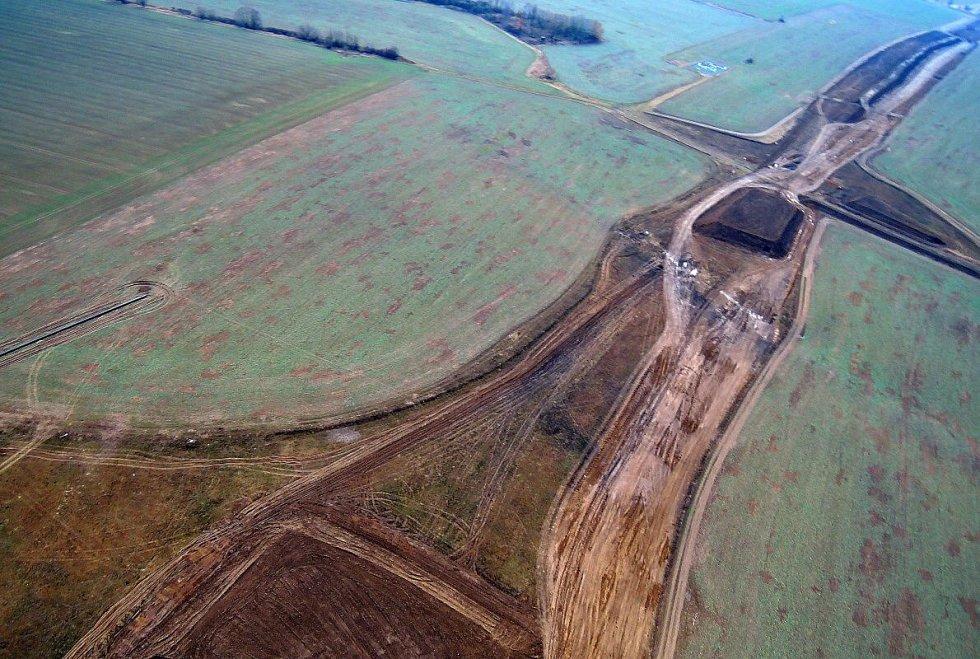 Únor 2016. Stavba dálnice D1 Lipník - Přerov u Trnávky