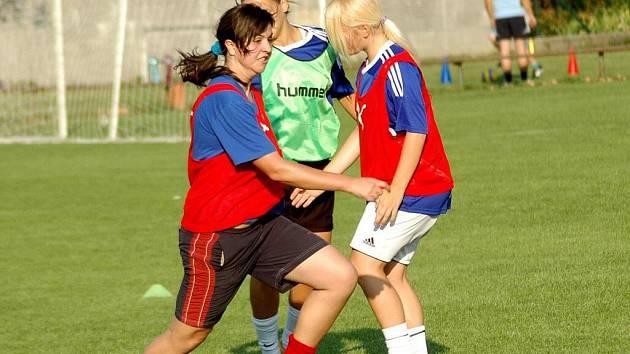 Fotbalistky 1. FC Olomouc na treninku