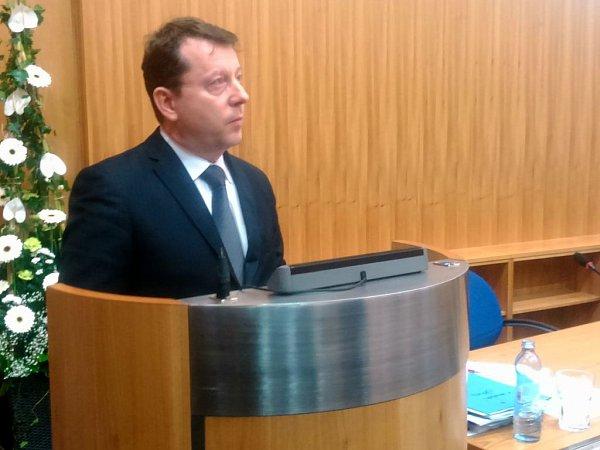 Nový primátor Olomouce Antonín Staněk na prvním zasedání olomouckého zastupitelstva vpondělí 10.listopadu 2014