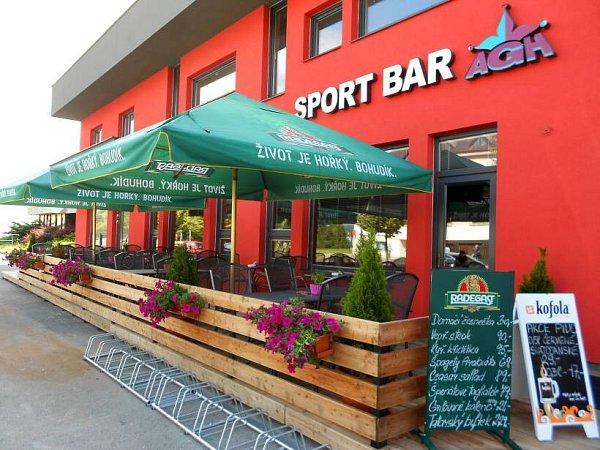 Sport bar Agh Verona, Hranice