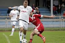 Kapitán HFK Olomouc Luboš Horka (v bílém)