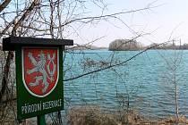 Chomoutovské jezero.