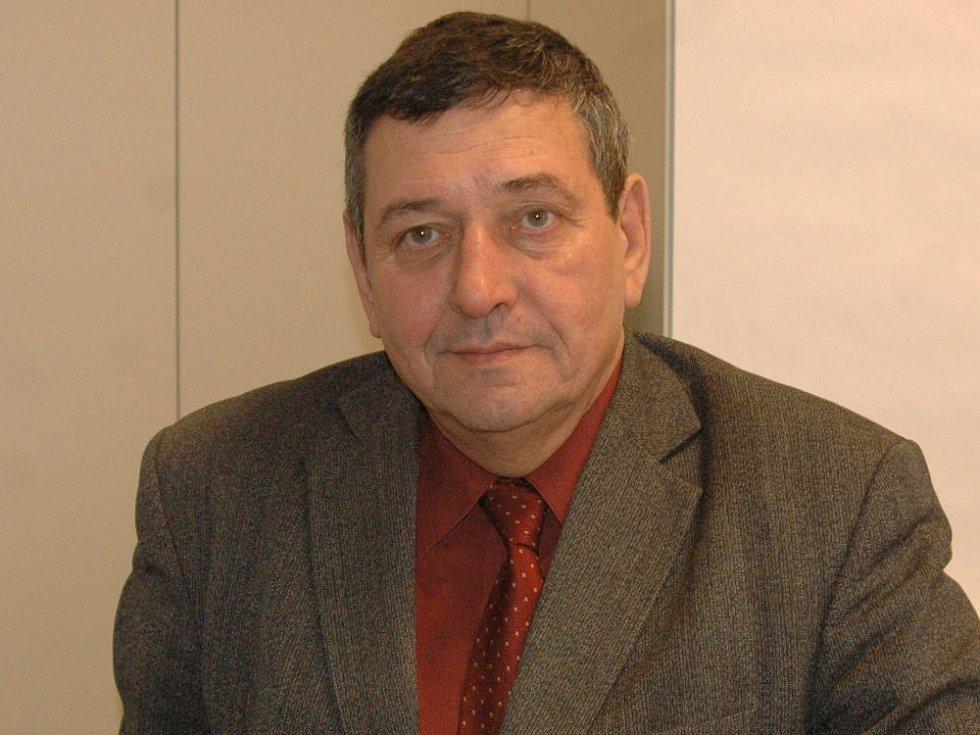 Evžen Weigl, přednosta Ústavu imunologie Lékařské fakulty Univerzity Palackého.