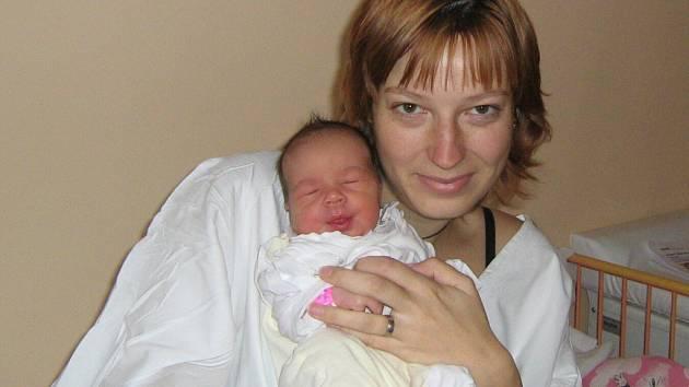 Martina Nedbalová, Dub nad Moravou, narozena 8. prosince v Olomouci, míra 50 cm, váha 3140 g