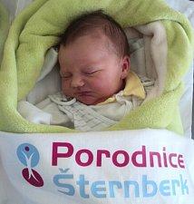David Vašíček, Pískov, narozen 9. dubna ve Šternberku, míra 53 cm, váha 3830 g