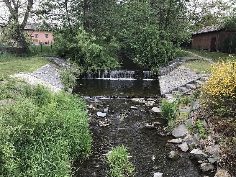 Trusovický potok v Bělkovicích-Lašťanech