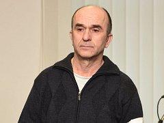 Jaroslav Müller u olomouckého Vrchního soudu. Kvůli výpovědi vzal v dubnu 2014 jako rukojmí kolegyni a vyhrožoval jí zastřelením.