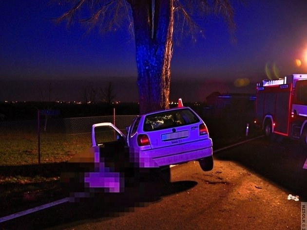 Tragická nehoda na silnici mezi Svatým Kopečkem a Samotíškami