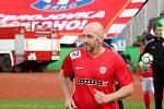 Za Lužánkami se ve čtvrtek utkaly legendy Zbrojovky Brno a Sigmy Olomouc. Na hřiště se dostal i Martin Zbončák.