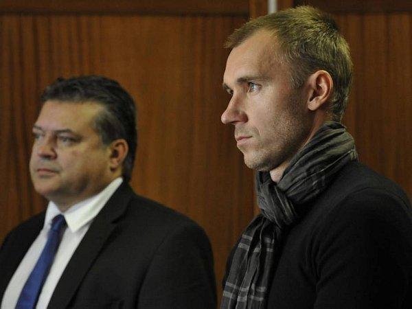 Karel Kapr a Petr Drobisz uOkresního soudu vOlomouci