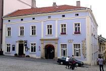 Dům s restaurací U Bakaláře na Žerotínově náměstí
