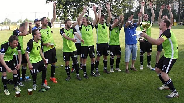 Olešnice u Bouzova porazila ve finále Lipník nad Bečvou a získala pohár.