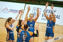 Olomouc (v modré) vs Královo Pole. Čtvrtfinálové utkání play-off extraligy žen v Olomouci