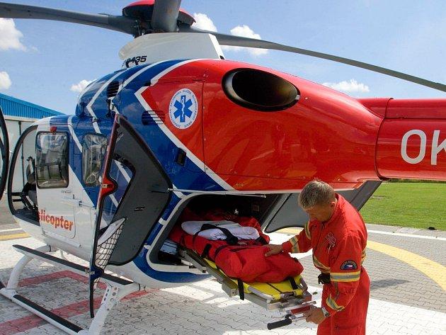Vrtulník Záchranné služby Olomouckého kraje. Ilustrační foto