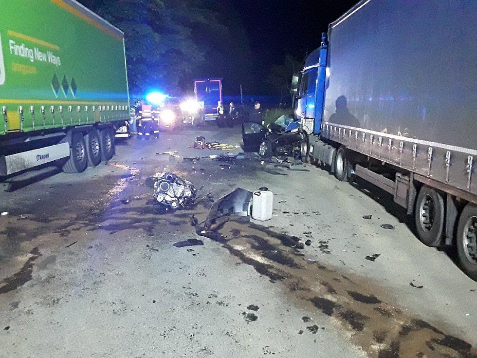 Tragická nehoda fabie mezi Šternberkem a Lipinou, 11. 6. 2021