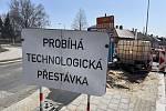 Okružní křižovatka ulic Věžní a Uničovské ve Šternberku, uzavírka potrvá do 30. května, 1. dubna 2021