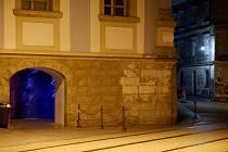 Podchod v domě na rohu Denisovy a Univerzitní ulice v Olomouci