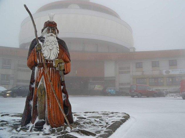 22.října 2014. Na Pradědu napadl první letošní sníh