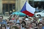 Demonstrace Milionu chvilek pro demokracii na olomouckém Horním náměstí. Ilustrační foto