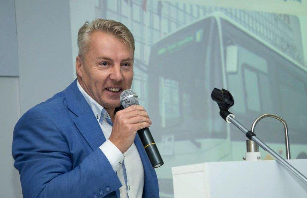 Jaroslav Tomík, odvolaný ředitel KIDSOK