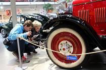 Muzeum historických automobilů Veteran Arena v Olomouci