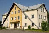 Domov se zvláštní režimem, který poskytuje sociální služby pro osoby s chronickým duševním onemocněním, v obci Bílsko na Olomoucku