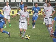 Fotbalisté HFK Olomouc (v bílé). Ilustrační foto