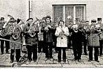 Dechová hudba Pňovice, která v roce 2015 oslavila 140 let od svého založení, se snaží rozdávat radost nejen těm, kteří mají rádi tento styl hudby.