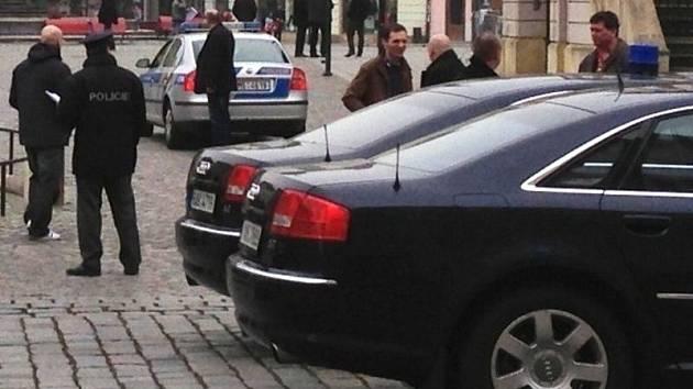 Bezpečnostní přípravy na návštěvu prezidenta Zemana v Olomouci