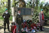 Uctění památky popravených obětí Přerovského povstání na střelnici na Lazcích