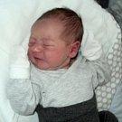 Oliver Martinek, Olomouc, narozen 14. února ve Šternberku, míra 49 cm, váha 3280 g