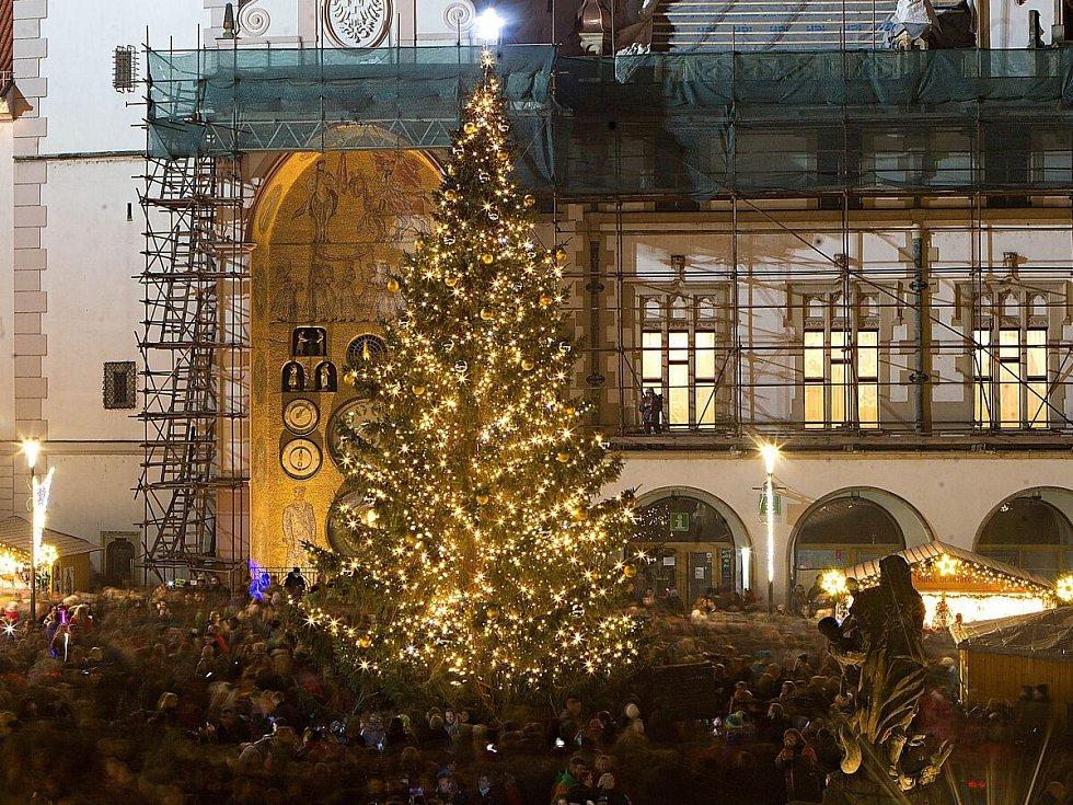 14. Olomouc, Horní náměstí, 100 hlasů