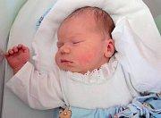 Matyáš Knaus, Vranovice, narozen 23. května v Olomouci, míra 51 cm, váha 3840 g.