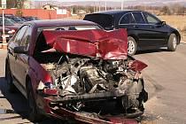 Srážka dvou aut u Horky