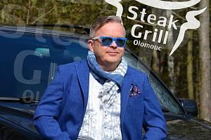 Kuchař Michael Solnička alias Mr. Steak bude od podzimu šéfkuchařem nového steakového restaurantu v Olomouci.