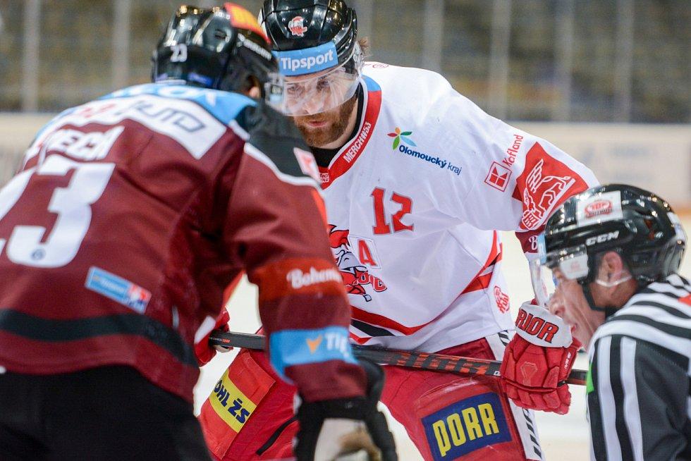 Druhý zápas čtvrtfinále extraligového play-off mezi pražskou Spartou a Olomoucí.