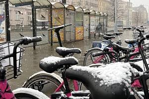 Sněhová nadílka v Olomouci, 6. dubna 2021